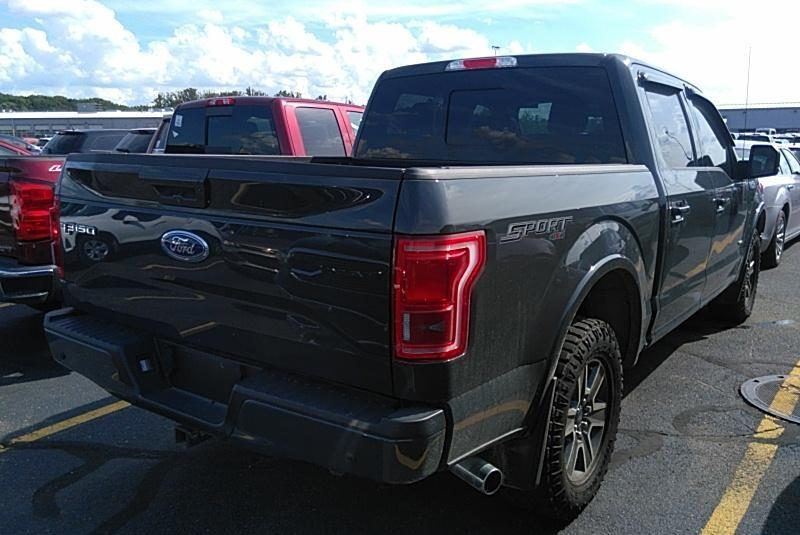 2017 Ford F150 4X4 CR LARIAT